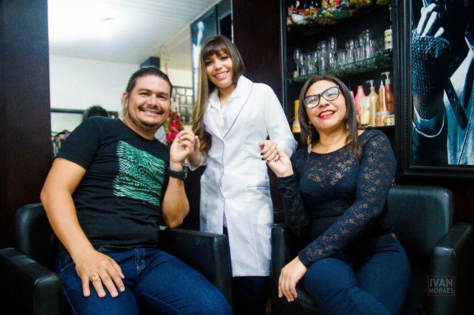 Nickolly é mais nova integrante do salão Wagner Ferreira