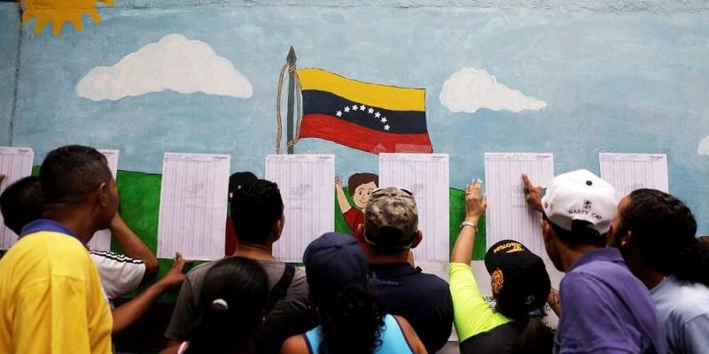 Maduro proclama vitória, mas oposição não reconhece resultados