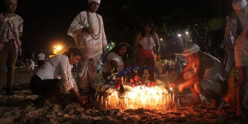 Tradicional Festa de Iemanjá ocorreu na praia do cruzeiro Icoaraci