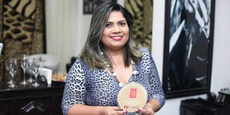 Ítala Madureira - Supervisora do Ano de Icoaraci