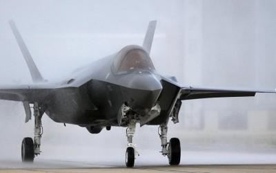 Japão poderia desenvolver novo caça furtivo com segredos do F-35, diz mídia