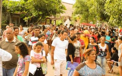 Mais de mil pessoas participaram da ação social que levou atendimento gratuito aos moradores de Outeiro