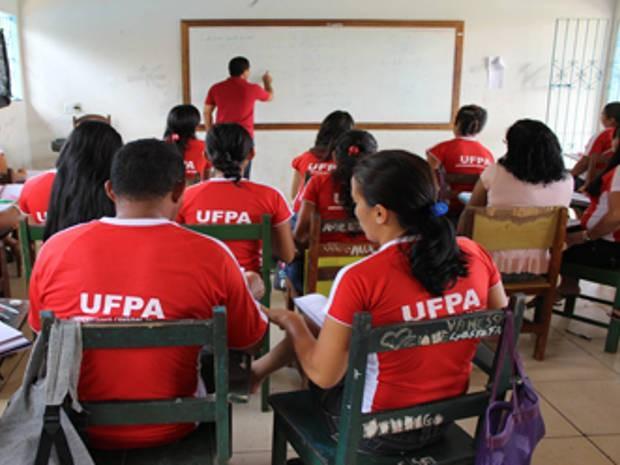 Evento marca 8 anos do Plano de Formação de Professores na UFPA