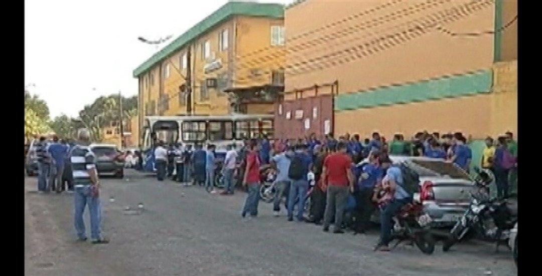 Rodoviários paralisam e linhas de ônibus deixam de circular em Belém