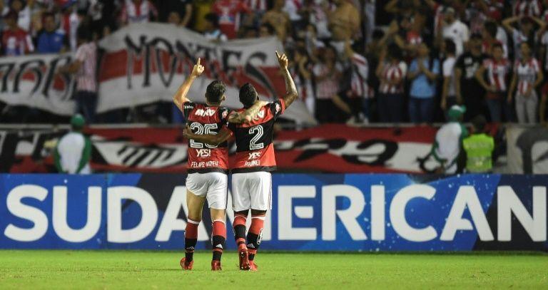Vizeu e Cesár brilham, Flamengo vence e vai à final da Sul-Americana
