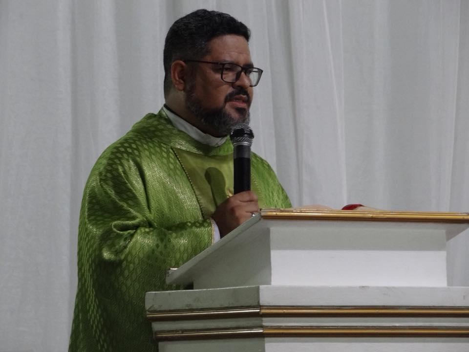 Pe. Glaucon Feitosa novo Vigário da Igreja Matriz