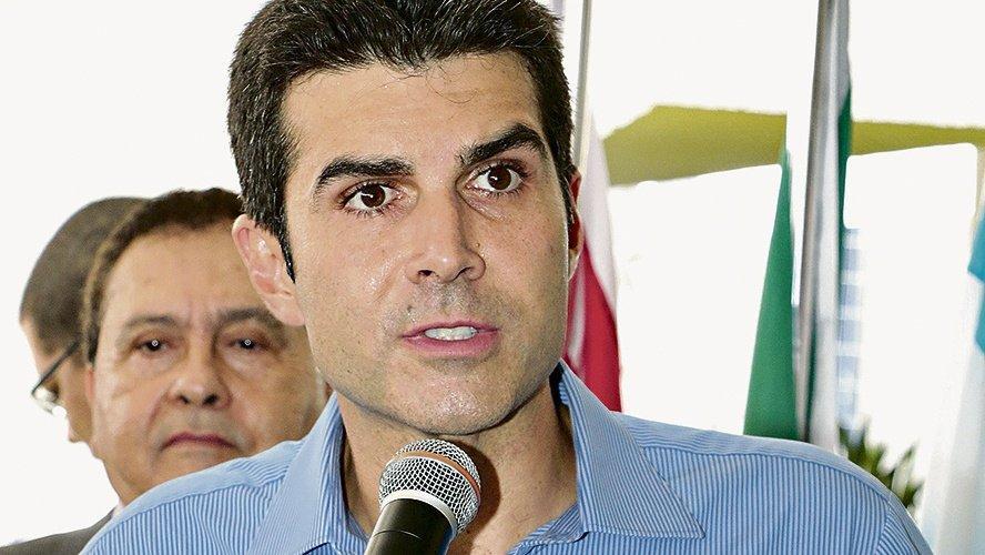 Helder lidera em nova pesquisa para governo do Pará