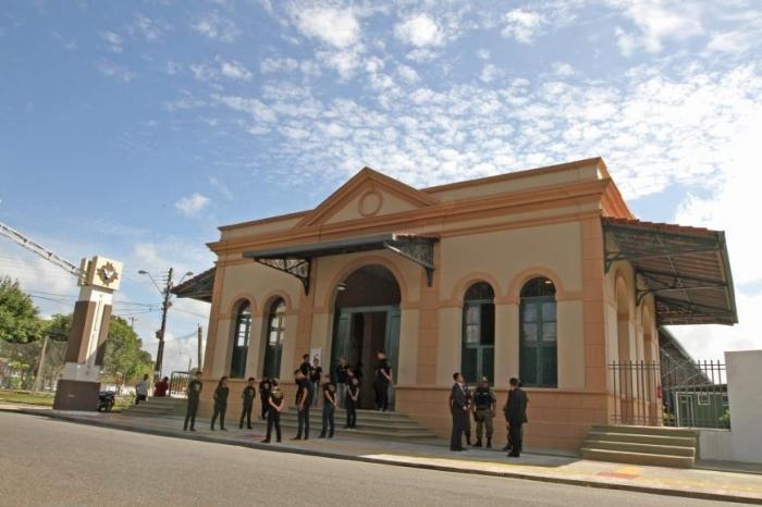 Governo entrega em Icoaraci antiga Estação Ferroviária completamente restaurada