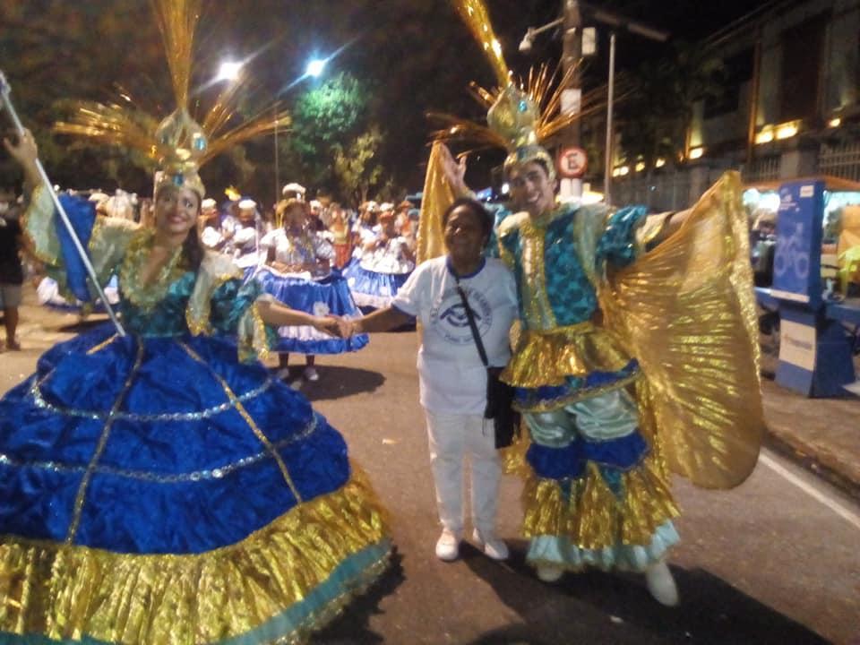 Mocidade Olariense faz seu arrastão de carnaval