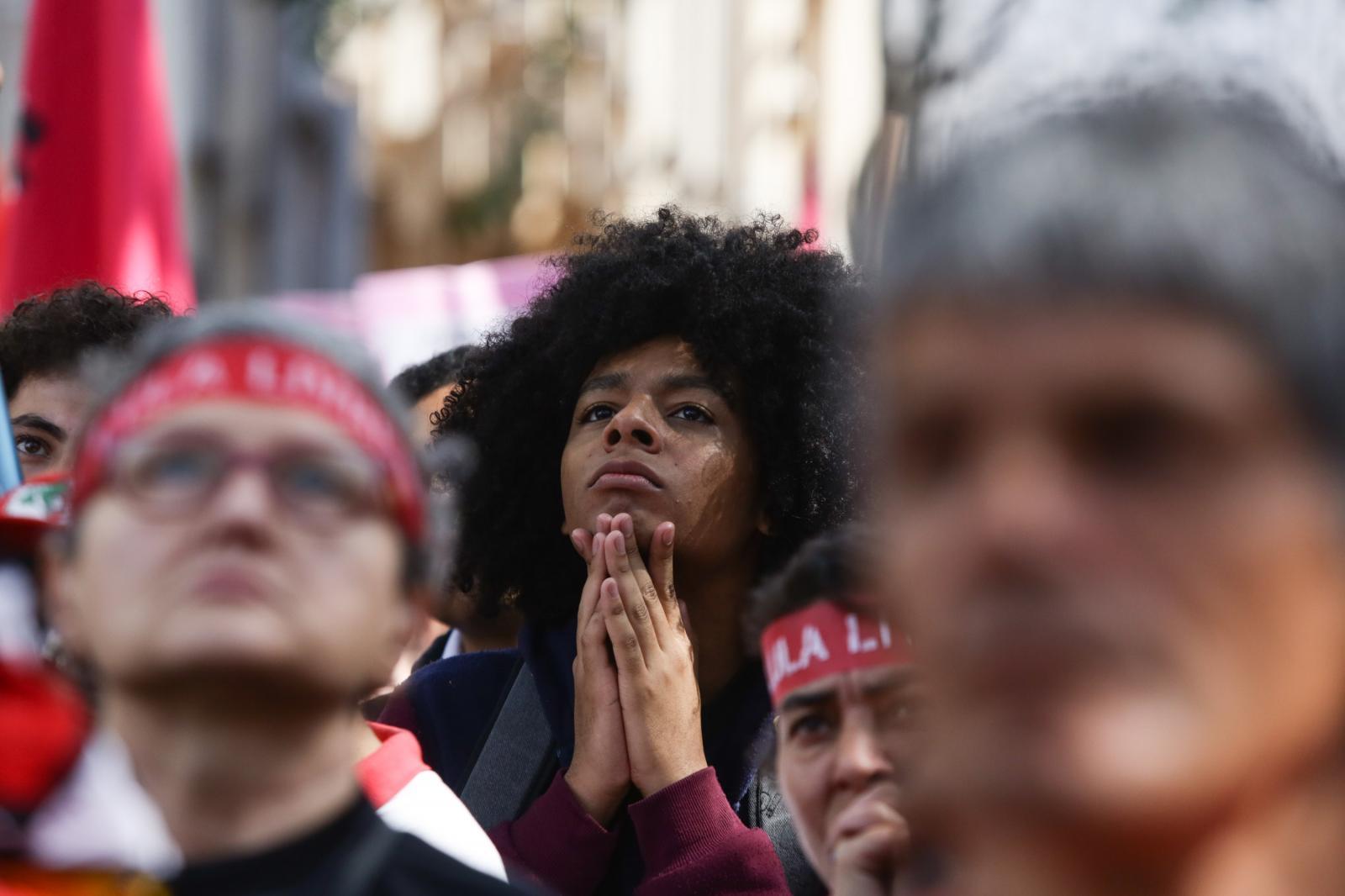 Brasileiros estão menos felizes em 2019, aponta pesquisa da Ipsos